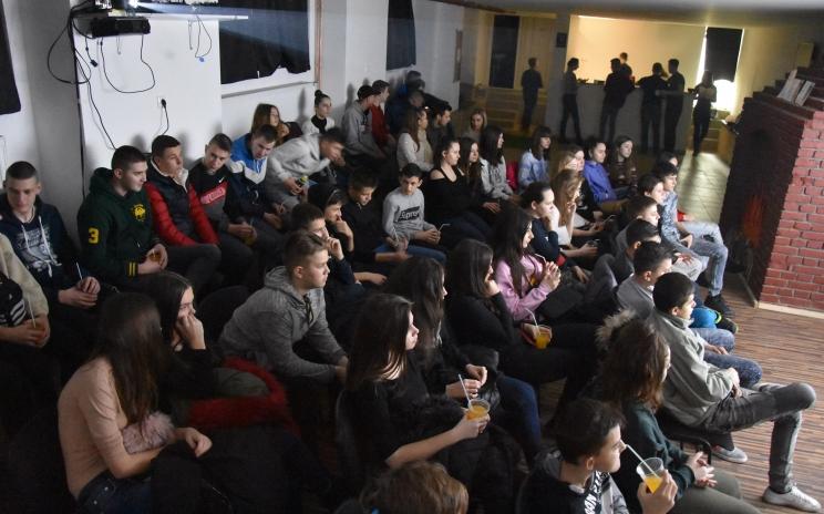 Veliki odziv mladih na još jedan Movie Night u Centru za mlade BaUM