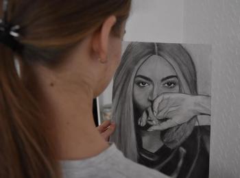 Anida Terzić: gimnazijalka sa magijom u kistu
